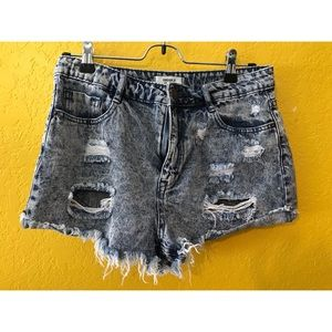 NWOT Forever 21 cut off jeans